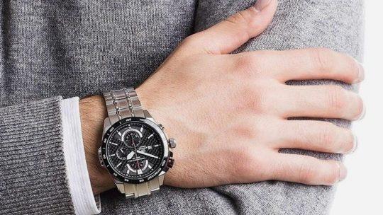 A quel bras doit on porter une montre ?