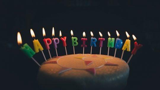 Comment décorer la salle de fête d'un anniversaire d'un ado?